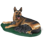 Safari German Shepherd w/Pups